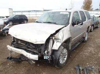 Salvage Chevrolet Tahoe