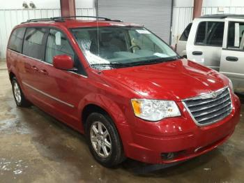 Salvage Chrysler Town and Country
